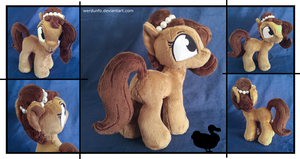 Brownie Bun Plushie by weRDunfo