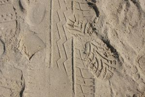 Footprints In The Sand.3 by Bobbyus