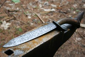 Hunting knife by jotunkid