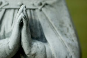 praying hands by jwischka