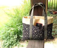 Handbag 6 Pocket Design + Pattern by CupcakeyKitten