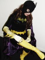 Batgirl Cosplay - Zipping Up! by ozbattlechick