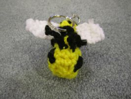 Bumble Bee keychain by jesspotter