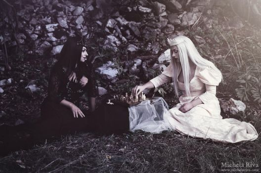 Evil Queen and White Queen by Michela-Riva