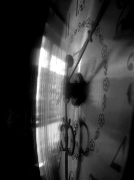 Time is running out by histema