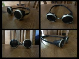 Simple Steampunk Goggles by Maroventolo