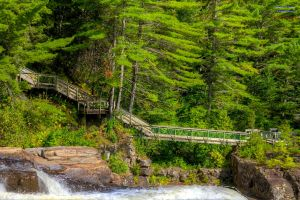 Bridge Over Throubled Water HDR by digswolf