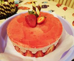 Strawberry Mirror Mousse Gateaux by myoutenshi