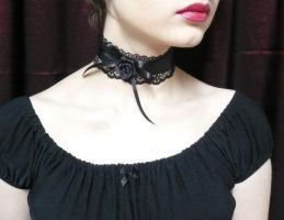 Gothic Chocker by Estylissimo