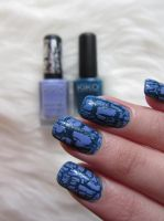 Crackle nails by Lorenna95