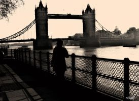 london under the bridge by archonGX