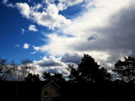 The clouds come and go by mgot