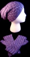 Lilac Slouch Hat and Mitts by GarnetKimzey