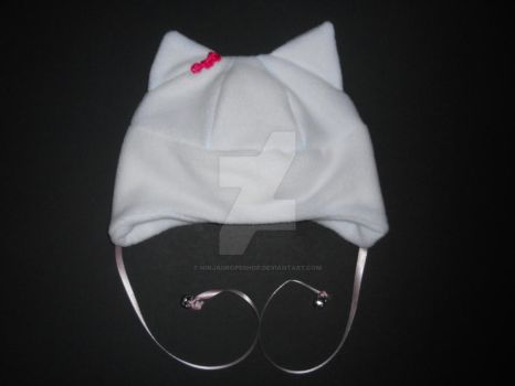 FOR SALE: white kitty hat by NinjaDropsShop