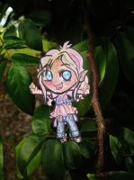 Just swinging through the trees by MidnightsBloom