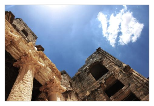 Bosra Amphitheatre 3 by glorysword