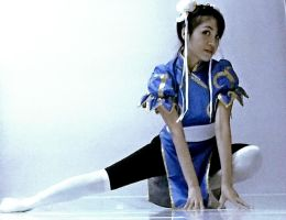 Chun li's cosplay on ready to attack by krymsinthe