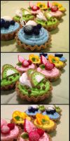 Cupcakes by naruchama