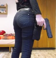 Butt and gun by Esarina