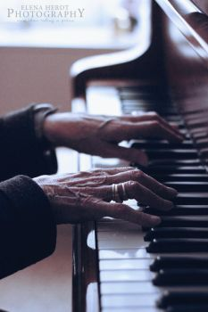 Piano of Life by AutumnEves