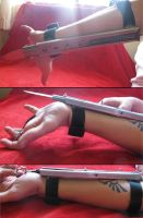Wrist blade extended by Hito-san