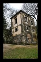 Bomarzo House by Masojiro