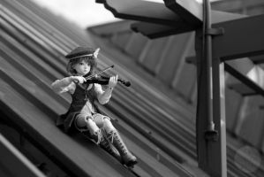 B+W Challenge 5/5: Fiddler on the Roof by Ylden