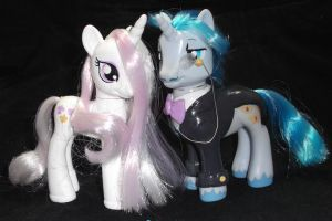 Fancy Pants and Fleur-dis-lis Brushables by Gryphyn-Bloodheart