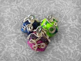 MOAR Wrapped D20 Pendants by HoneyCatJewelry