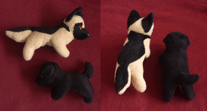 Magnet plushies: Black lab and German Shepherd by goiku