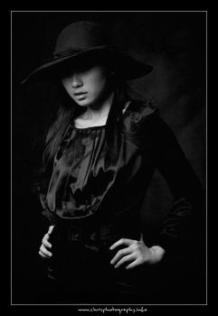 Lady in Black III by christophertan