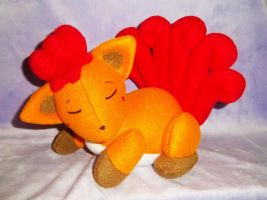 Sleeping Vulpix Commission by StitchyGirl
