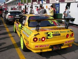 New and old GT-R 2 by macaustar