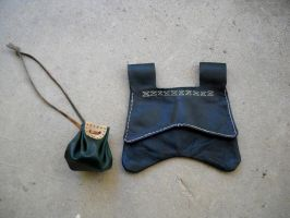 Girdle purse and pouch by RuehlLeatherWorks