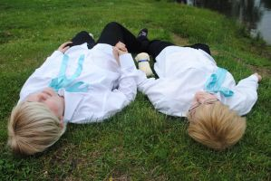 APH-SuFin- Lying On The Ground by PiBouvier