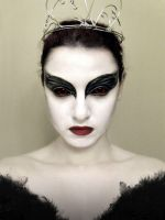 Black Swan Makeup by eglem