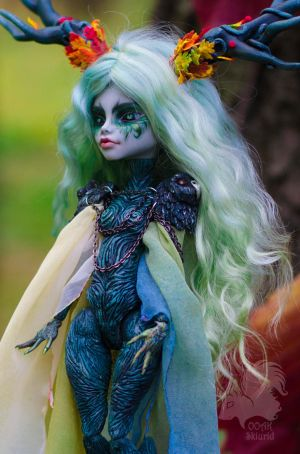 OOAK Ghoulia Yelps - Samhain Dryad Mother Tree by Skiurid