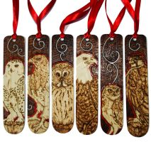 Pyrography Bird of Prey bookmarks with red details by BumbleBeeFairy