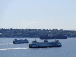 Two Ferries and a Barge by SachiyeKazumi