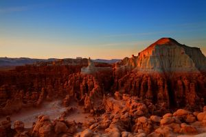 Overlooking Goblin Valley by coulombic
