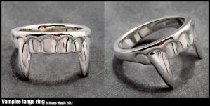 Vampire teeth ring by Dans-Magic