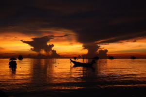 The sun sets on Koh Tao by distemper