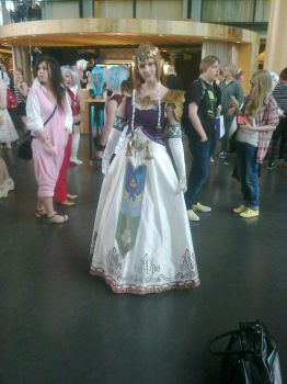 Desucon 2014 - Princess Zelda cosplay by FinnishLegend