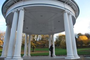 BAND STAND 1 by Theshelfs