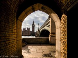 Through the arch by Robi96