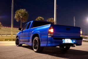 Xrunner Night Shoot 4 by motion-attack