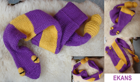 Prototype: Ekans scarf - for sale! by MedeiaDesigns