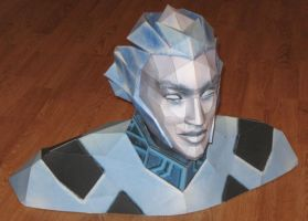 Lightcyclist Bust Papercraft by Tektonten