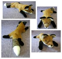 Floppy Young Fox Thingy by SarityCreations