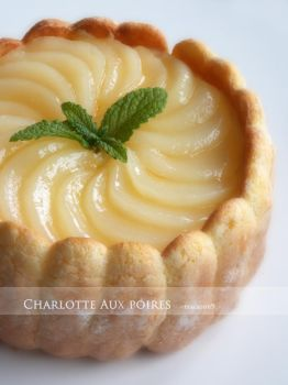 Charlotte aux poires by macaron9